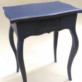 столик для кукол BJD